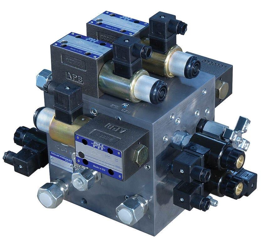 zapchast raspredelitelHydraulic block1 1579618187928338425 big 20012116494759272800 - Poclain Hydraulics гидравлическое оборудование