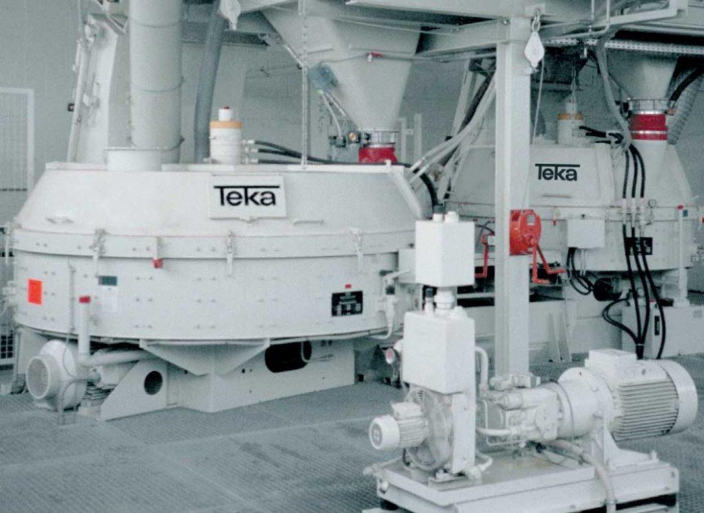 intensivnyj smesitel teka vid 1024x747 - Teka смесители и установки для приготовления бетона