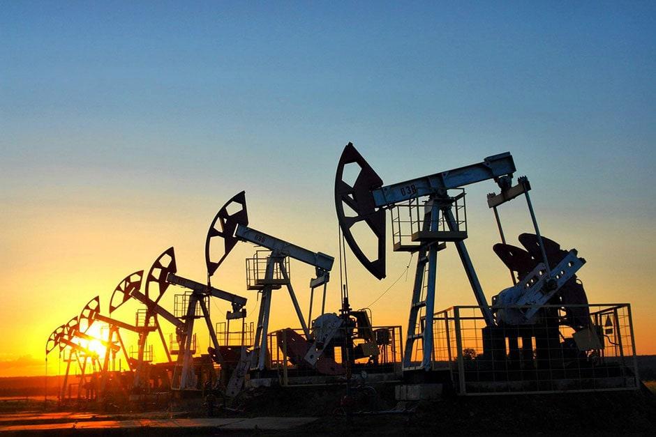 С Днем работников нефтяной и газовой отрасли!