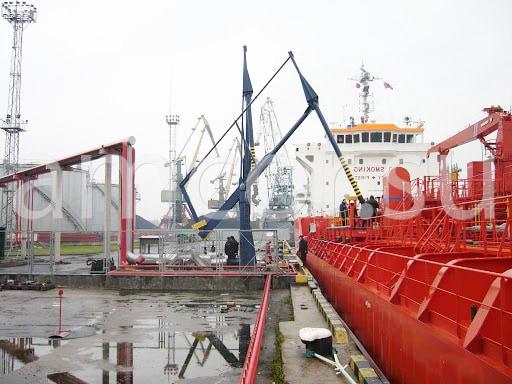Заказать сервис и поставку корабельных стендеров в России и СНГ от официального производителя.